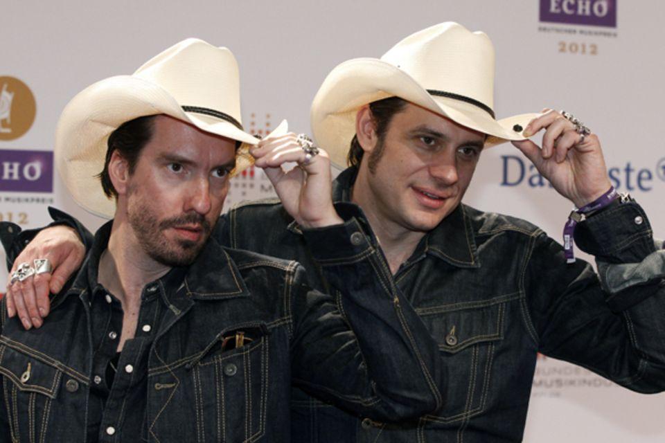 """Die Cowboys Alec Völkel and Sascha Vollmer von """"The BossHoss"""""""
