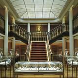 Seit 1899 befindet sich das Stammhaus von Cartier in der Pariser Rue de la Paix. Von dort eroberten die Brüder Jacques und Pierr