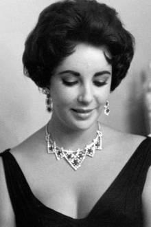 Hollywood-Stars wie Liz Taylor und Grace Kelly  waren berühmte Kundinnen des Unternehmens. Aber auch die Steine, die von Cartier