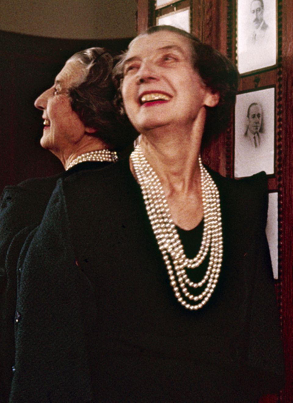 Sie war das It-Girl ihrer Zeit und zog mit Coco Chanel in den Zwanzigern in Paris um die Häuser. Jeanne Toussant prägte Cartier