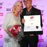 """Herzlichen Glückwunsch! Sabine Christiansen und Norbert Medus sind unser """"Couple Of The Year""""."""