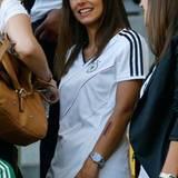 Silvia Meichel, die Freundin von Erfolgskicker Mario Gomez, freut sich auf die Partie Deutschland gegen Dänemark. Das spannende