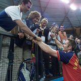 Iñaki Urdangarin  Gleich dreimal spielte der Ehemann von Prinzessin Cristinas von Spanien für die spanische Mannschaft im olympischen Handball-Wettbewerb um Gold. 2008 erreichte er mit seinem Team Bronze.
