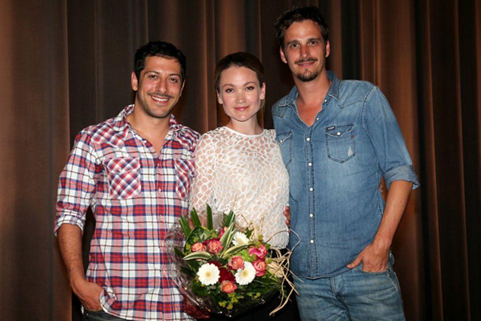 Wer's glaubt wird selig: Die Darsteller Fahri Yardim, Lisa Maria Potthoff und Max von Thun freuen sich über einen gelungenen Pre