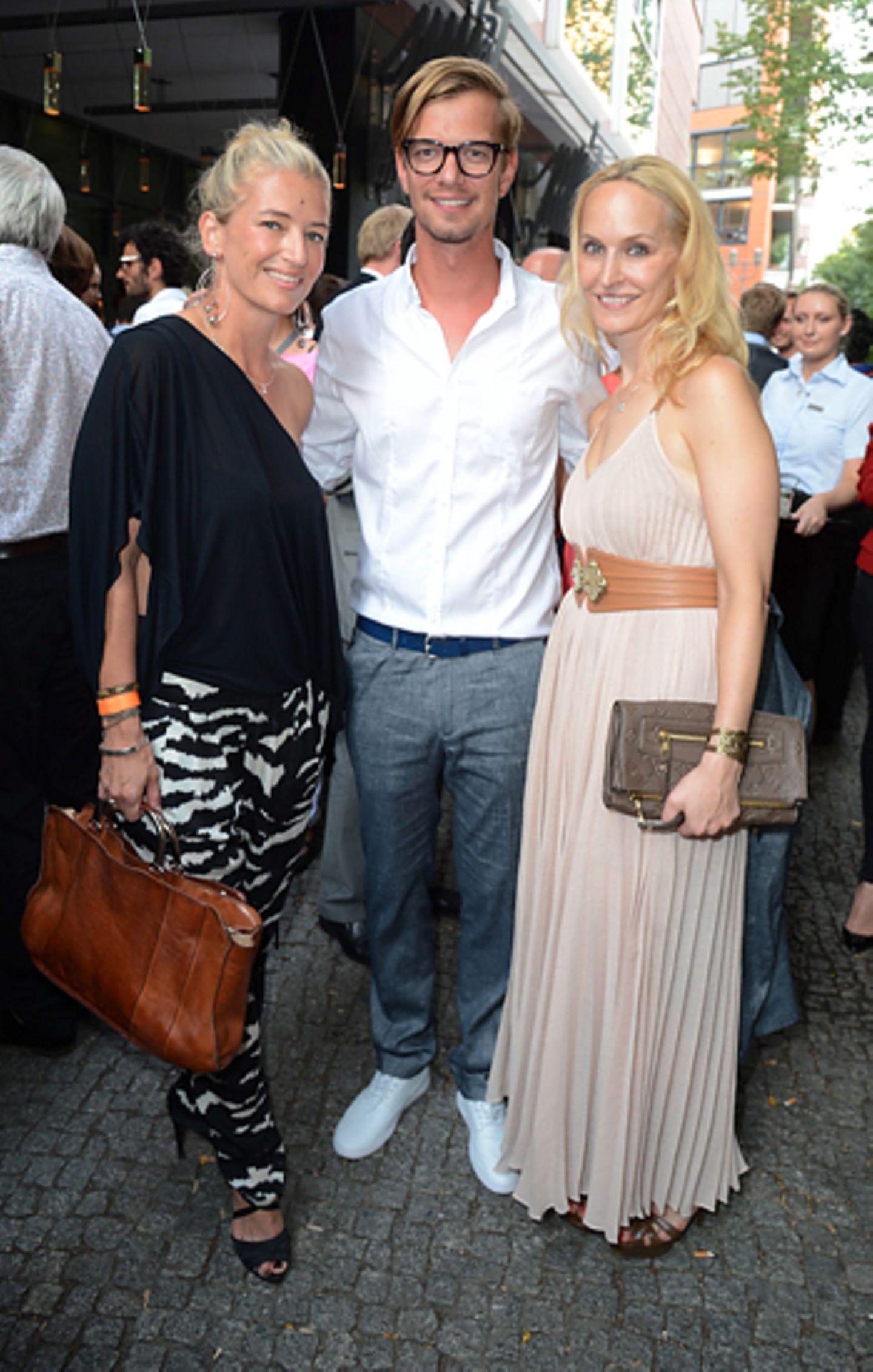 First Steps Awards: Hili Ingenhoven (GALA), Joko Winterscheidt und Anne Meyer-Minnemann (GALA)