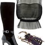 Schwarze Stiefel mit Lack, von Unützer, ca. 735 Euro. Bluse aus plissiertem Tüll, von   Stefanel, ca. 160 Euro. Hirschkäfer-Brosc