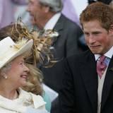 Grimassen-Schneiden bei der Queen? Prinz Harry darf das.