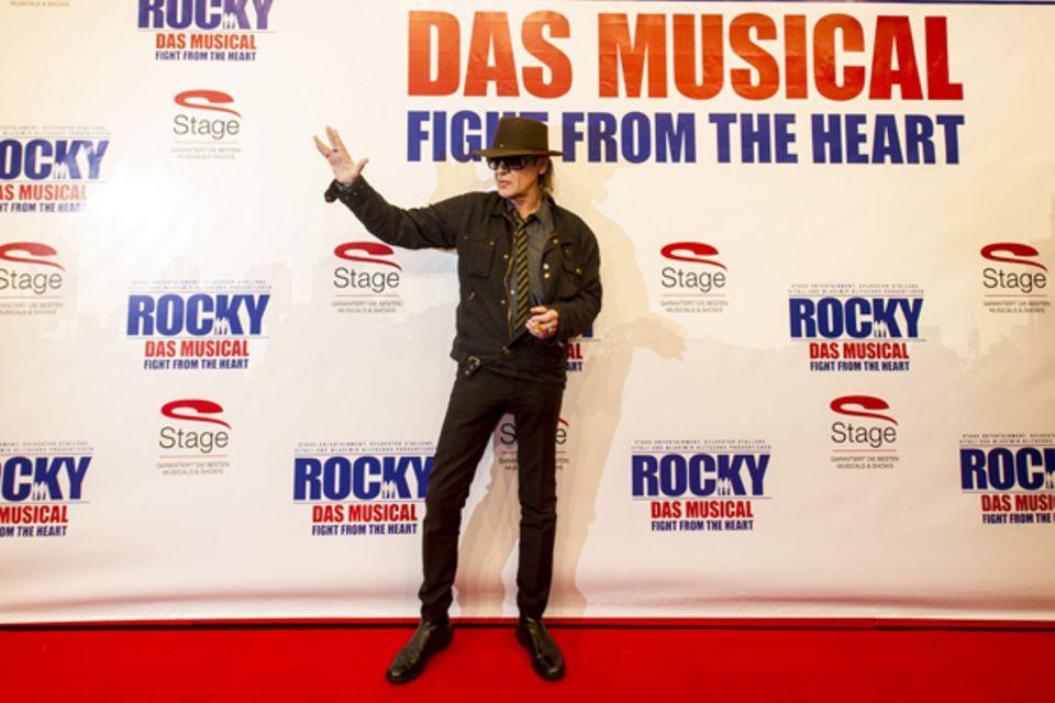 Udo Lindenberg hatte es nicht weit zum Tui-Operettenhaus auf der Reeperbahn: Der Musiker lebt schon seit Jharen im traditionsrei