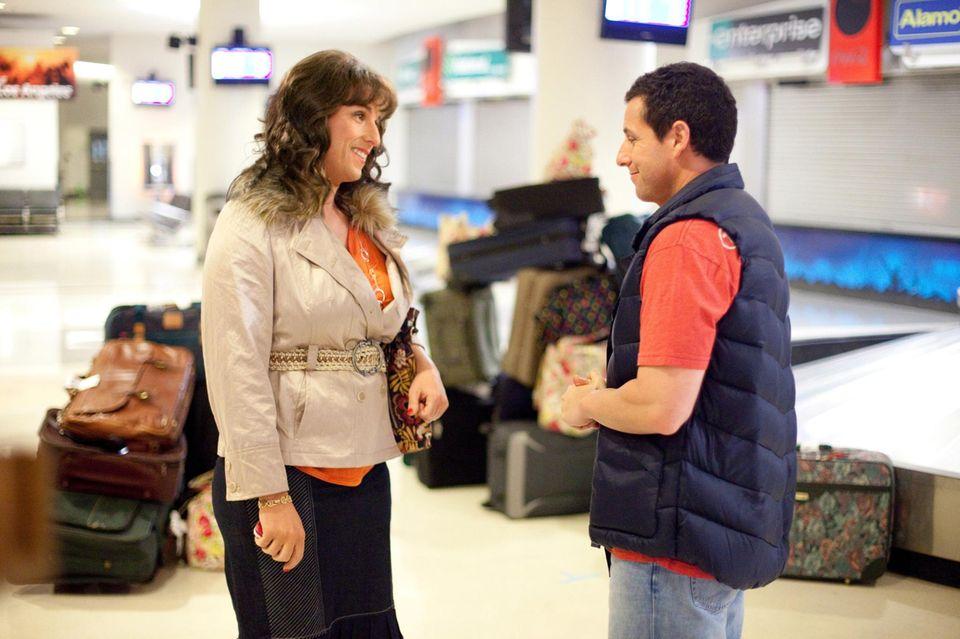 """In """"Jack und Jill """" ist Adam Sandler 2011 in einer Doppelrolle zu sehen. Er spielt Jack sowie auch dessen Schwester Jill."""