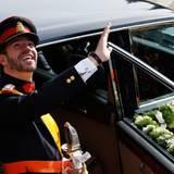 Großherzog Guillaume von Luxemburg kommt an der Kirche an ...