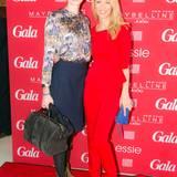 GALA-Event: Moderatorin Susann Atwell steht mit Anna Lauerbach (Laurèl) vor der GALA-Wand.