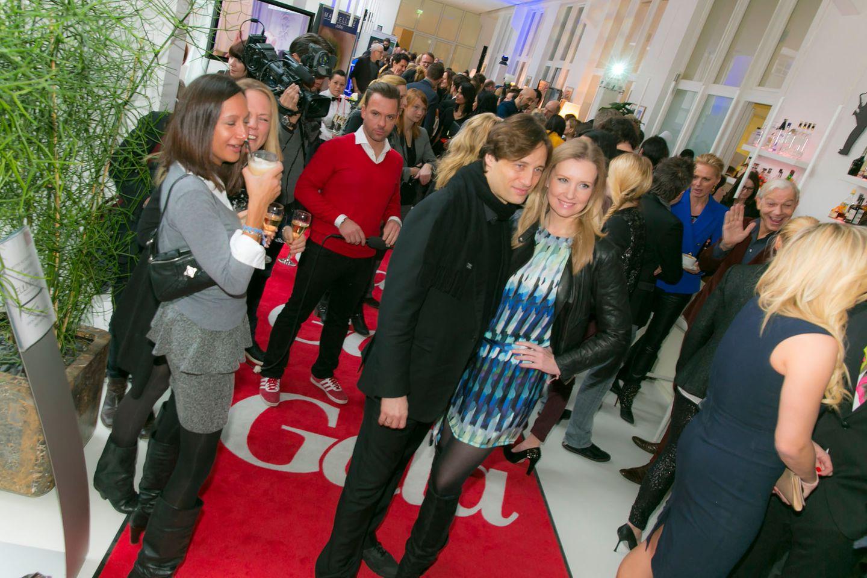 GALA-Event: Profis auf dem roten Teppich: Designerin Jette Joop mit Ehemann Christian Elsen
