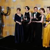 """Das Team von """"Downton Abbey"""": Phyllis Logan, Michelle Dockery, Allen Leech, Amy Nuttall und Sophia McShera"""