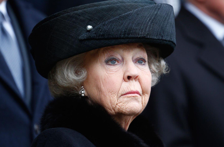 Ein trauriger Termin für Beatrix: Sie ist zur Beerdigung des ehemaligen Bundespräsidenten Richard von Weizsäcker im Febraur 2015 nach Berlin gekommen.