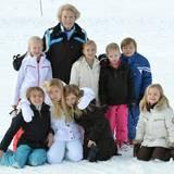 Alle Jahre wieder - so auch im Februar 2014: Prinzessin Beatrix genießt die Zeit mit ihren Enkelkindern im österreischischen Lech.