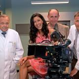 """6. August 2013: Model Rebecca Mir spielt erneut eine Rolle in der Arztserie """"In aller Freundschaft""""."""