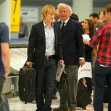 """15. Juli 2013: Owen Wilson und Graydon Carter drehen für """"Squirrels To The Nuts"""" eine Flughafenszene in New York."""