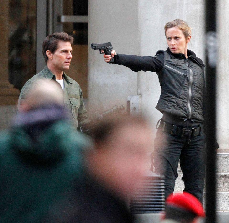 """2. Februar 2013: Tom Cruise und Emily Blunt filmen eine Szene für das Alien-Abenteuer """"All You Need Is Kill""""."""