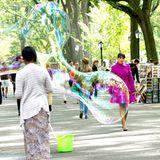 """9. September 2013: Lea Michele steht im New Yorker Central Park für """"Glee"""" vor der Kamera."""