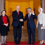 5. November 2013: Königin Sonja und König Harald von Norwegen werden von Präsident Abdullah Gul und dessen Frau Hayrunnisa im Präsidentenpalast im türkischen Ankarra empfangen.