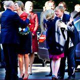 2. Oktober 2013: König Harald und Königin Sonja von Norwegen empfangen Königin Máxima und König Willem-Alexander der Niederlande zu ihrem offiziellen Besuch in Oslo. Prinzessin Mette-Marit und Prinz Haakon sind auch zur Begrüßung gekommen.