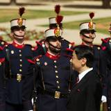 10. Juni 2013: Prinz Felipe von Spanien empfängt den spanischen Kronprinzen Naruhito in Madrid.