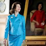 11. Juni 2013: Königin Silvia von Schweden weiht ihr Portrait auf Schloss Gripsholm ein.