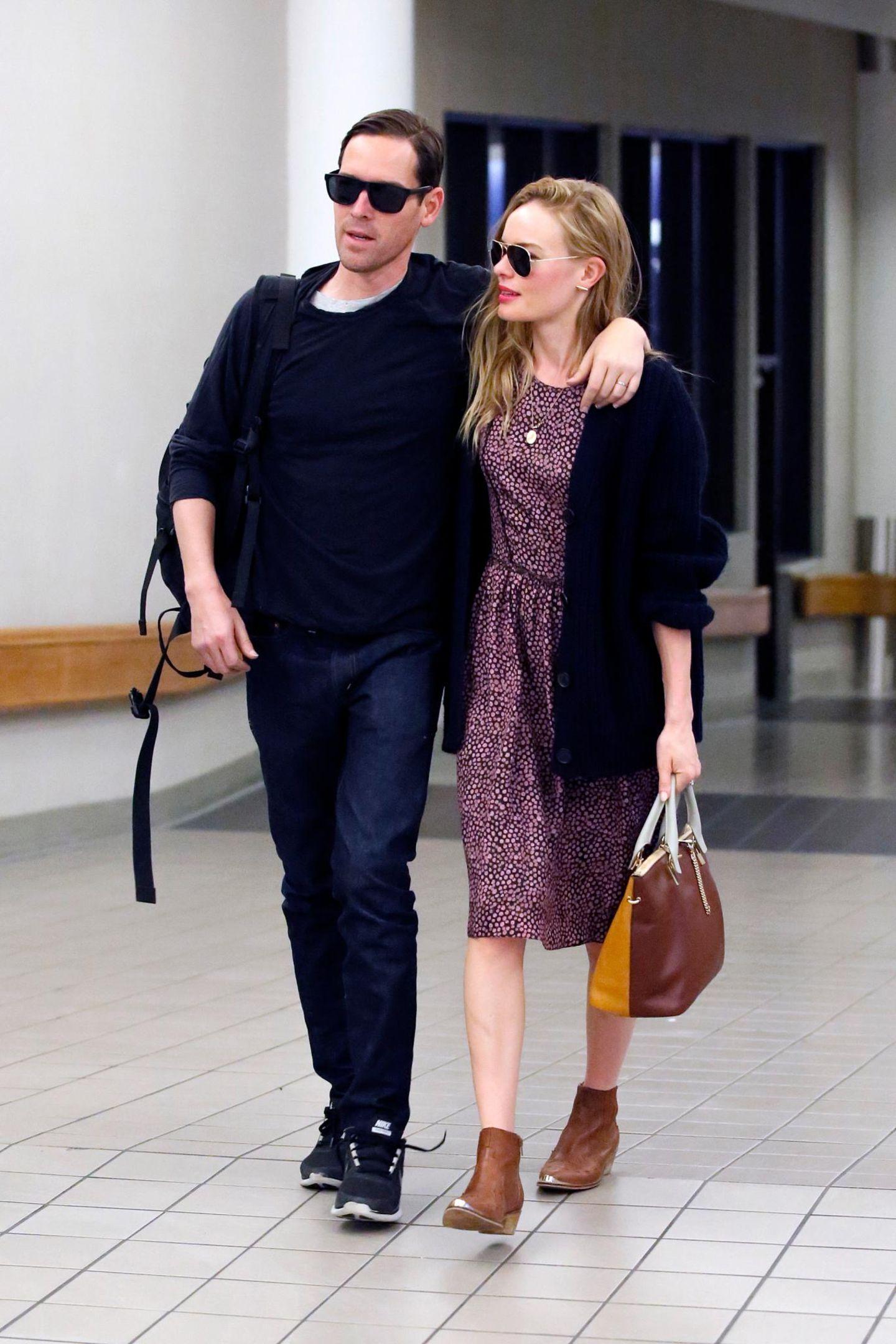 3. September 2013: Wenige Tage nach ihrer Hochzeit in Montana sind Kate Bosworth und Michael Polish wieder in Los Angeles gelandet.