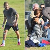 22. Dezember 2013: Für seinen Einsatz beim Fußballspiel gibt es für Marco Peregon nach dem Spiel von seiner Frau Zoe Saldana einen Belohnungskuss.