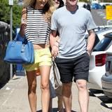 9. Oktober 2013: Ronan Keating spaziert mit seiner Freundin Storm Utrecht durch Sydney.