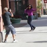 3. Oktober 2013: Oprah Winfrey ist auf dem Weg in einen Beautysalon in Beverly Hills und grüßt dabei die Paparazzi.