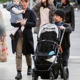 28. Oktober 2013: Der Schauspieler Peter Dinklage geht mit seiner Familie in New York spazieren.