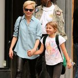 16. Oktober 2013: Michelle Williams holt Tochter Matilda von der Schule ab.