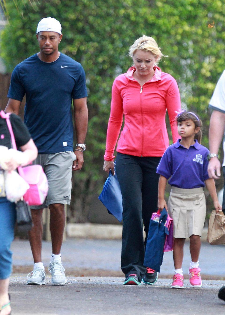 22. Mai 2013: Tiger Woods und Lindsey Vonn kümmern sich als Paar um seine Kinder und bringen sie gemeinsam in North Palm Beach, Florida, zur Schule.
