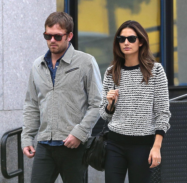 "16. Oktober 2013: ""Kings of Leon""-Sänger Caleb Followill und Model Lily Aldridge gehen in New Yorks Tribeca spazieren."