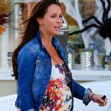10. Oktober 2013: Die schwangere Jennifer Love Hewitt geht in Santa Monica einkaufen.