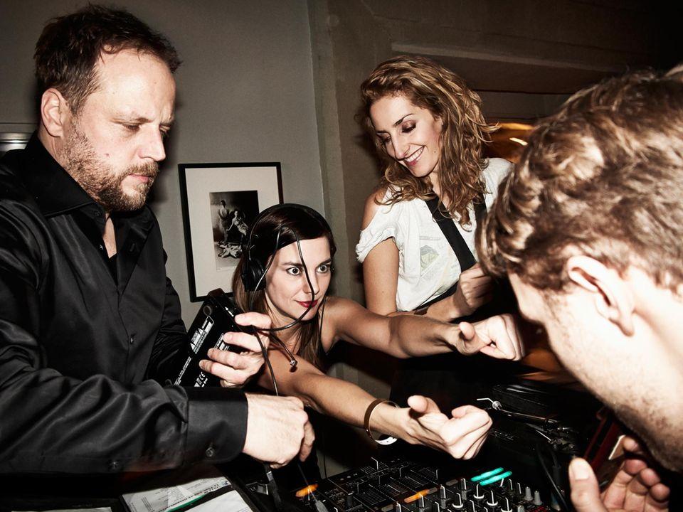 FANTAstische Beats: Smudo legte Hip-Hop auf, Unterstützung gab es von den DJanes von PonyPop - Swantje und Francis.