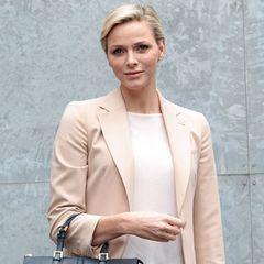Fashion Week Mailand: Fürstin Charlène von Monaco ist nach Mailand gekommen, um sich die Show von Giorgio Armani anzusehen.