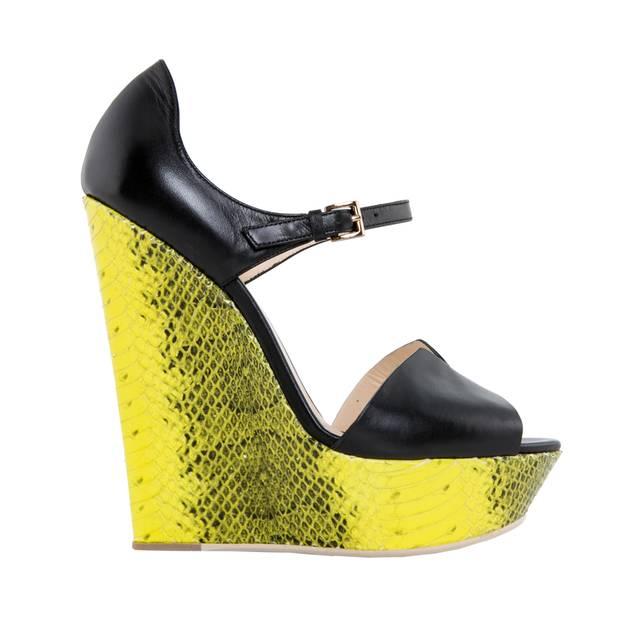 Dieser Trend geht steil! Plateau-Heel mit Snake-Absatz, von Grey Mer, Preis auf Anfrage.