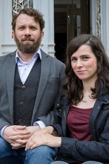 """""""Lessing"""" und """"Kira Dorn"""" sind die Ermittlernamen von Christian Ulmen und Nora Tschirner. Weihnachten 2013 erfahren wir mehr, denn dann wird der erste Fall der beiden ausgestrahlt."""