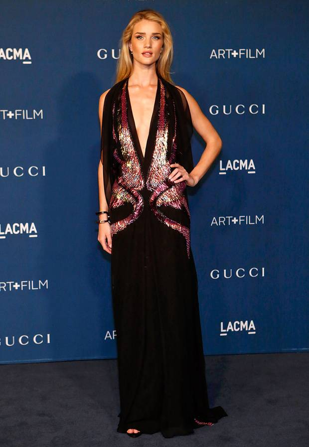 Tiefer Einblick: Rosie Huntington-Whiteley, natürlich auch in Gucci