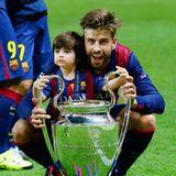 6. Juni 2015   Da wird doch jedes Championsleague-Finale fast zur Nebensache, wenn Gerard Piqué mit seinem Erstgeborenen Milan als Erinnerung fürs Familienalbum posiert.