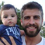 27. Juli 2013  Shakira zeigt uns auf ihrem Instagram-Profil ihre zwei Jungs. Auf den Fotos ist die Ähnlichkeit von Söhnchen Milan zu Popstar-Mama Shakira deutlich zu erkennen.