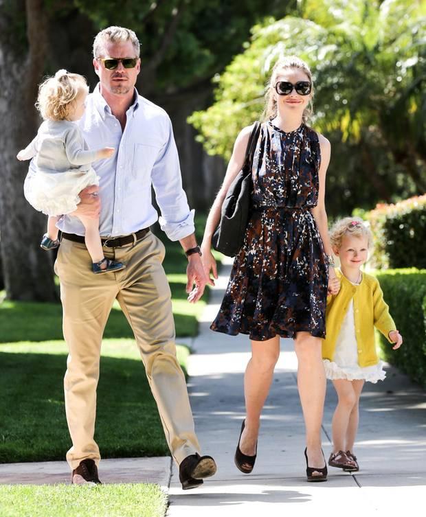 Eric Dane und Rebecca Gayheart kommen mit ihren Töchtern Billie und Georgia an.