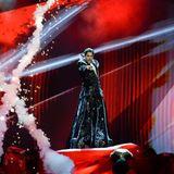 """Pop und Oper vereint Cezar in seinem Lied """"It's My Life"""". Mit trällernder Kopfstimme, Feuerfontänen und Nebeleffekten auf der Bühne will er den Eurovision Song Contest nach Rumänien holen."""