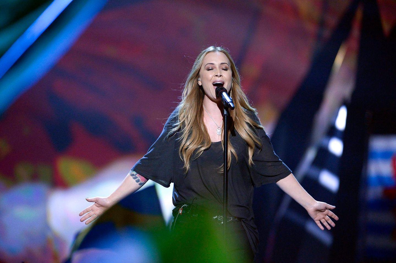 """Eher schnörkellos kommt der niederländische Beitrag daher: Seit 16 Jahren zählt Anouk zu den beliebtesten Sängerinnen in ihrem Land. Mit """"Birds"""" will sie es nun auch europaweit wissen."""