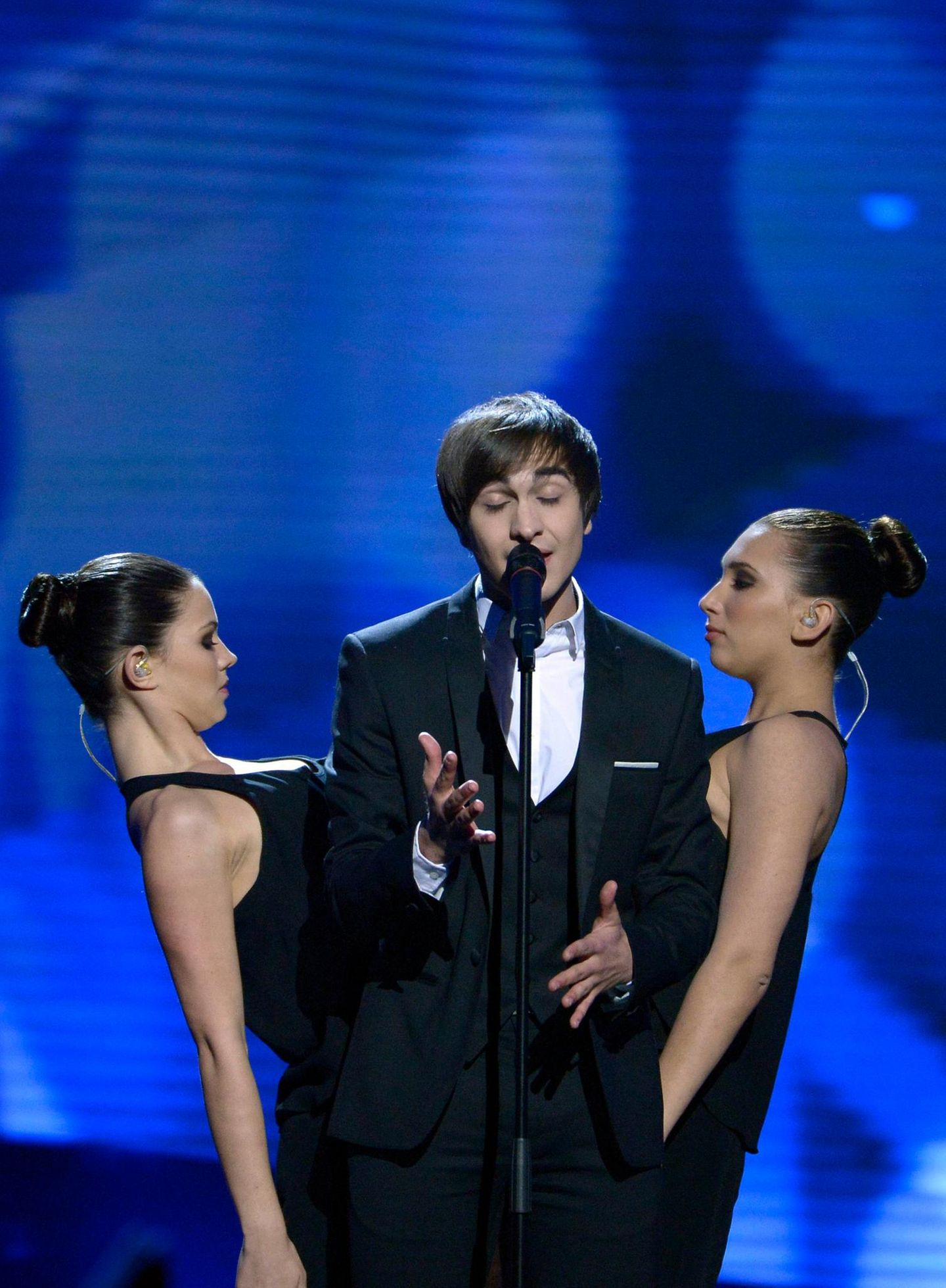 """Das belgische Fernsehen hat Roberto Bellarosa als Gesangstalent entdeckt. 2012 gewann er """"The Voice Belgique"""" und darf jetzt mit """"Love Kills"""" für sein Heimatland beim ESC antreten."""