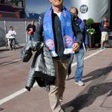 Nico Rosberg ist auf dem Weg ins Fahrerlager - er drückt dem FC Bayern beim Champions League Finale in London die Daumen.