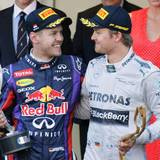 Nico Rosberg gewinnt das Rennen. Sebastian Vettel kommt als zweiter ins Ziel.