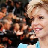 Jane Fonda hat einen glamourösen Auftritt immer noch drauf.